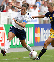 Julie Foudy vs Fagerstroem (Sweden)2003WWC USA v Sweden.