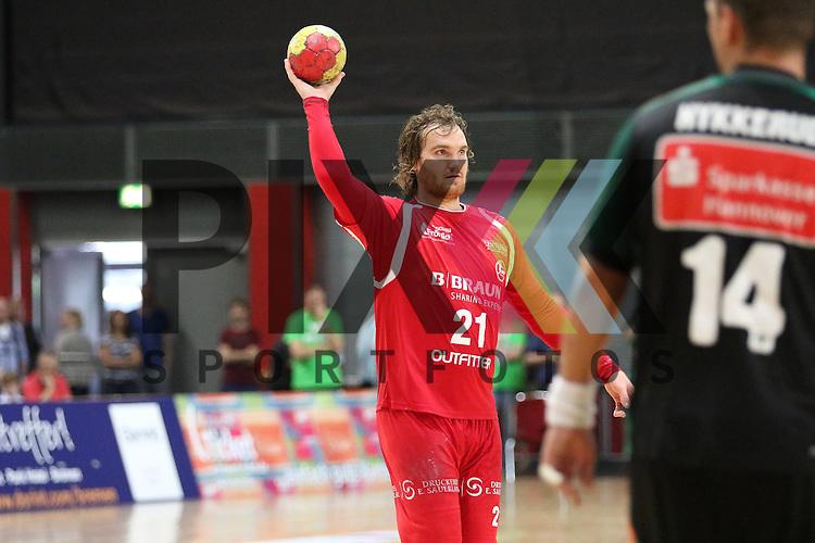 Bremen, 09.08.15, Sport, Handball, Erima-Cup 2015, MT Melsungen-TSV Hannover-Burgdorf : Timm Schneider (MT Melsungen, #21)<br /> <br /> Foto &copy; P-I-X.org *** Foto ist honorarpflichtig! *** Auf Anfrage in hoeherer Qualitaet/Aufloesung. Belegexemplar erbeten. Veroeffentlichung ausschliesslich fuer journalistisch-publizistische Zwecke. For editorial use only.