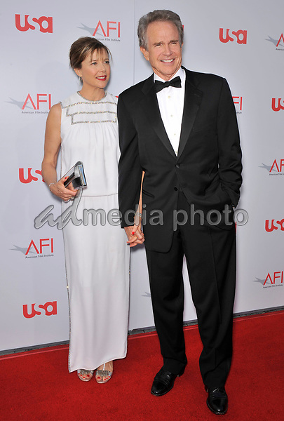 12 June 2008 - Hollywood, California - Warren Beatty and Annette Bening. 36th AFI Life Achievement Award tribute to Warren Beatty held at the Kodak Theatre. Photo Credit: Jaguar/AdMedia