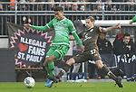 30.11.2019,  GER; 2. FBL, FC St. Pauli vs Hannover 96 ,DFL REGULATIONS PROHIBIT ANY USE OF PHOTOGRAPHS AS IMAGE SEQUENCES AND/OR QUASI-VIDEO, im Bild Linton Maina (Hannover #11) setzt sich gegen Jan-Philipp Kalla (Pauli #27) durch Foto © nordphoto / Witke *** Local Caption ***
