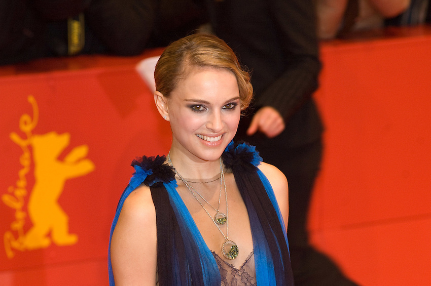Natalie Portman attends The Other Boleyn Girl premiere during day nine of the 58th Berlinale Film Festival at the Berlinale Palast on February 15, 2008 in Berlin, Germany.  (Philip Schulte/PressPhotoIntl.com)