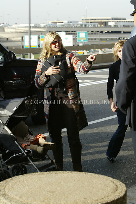 WWW.ACEPIXS.COM . . . . . ......***EXCLUSIVE, FEE MUST BE AGREED BEFORE USE***....November 1 2005, Newark, New Jersey....Supermodel Heidi Klum left New York City via Newark Airport in New Jersey with her mother Erna, daughter Leni and newborn son Henry. British singer Seal married to Klum and is the baby's father.....Please contact Philip Vaughan for rates prior to use.....Please byline: JENNIFER L GONZELES-ACE PICTURES.... *** ***..Ace Pictures, Inc:  ..Philip Vaughan (212) 243-8787 or 646 769 0430..e-mail: info@acepixs.com..web: http://www.acepixs.com