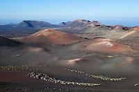 Spain, Canary Island, Lanzarote, near Yaiza: Parque Nacional de Timanfaya (Timanfaya National Park) - view over lunar landscape from ruta de los volcanes | Spanien, Kanarische Inseln, Lanzarote, bei Yaiza: Mondlandschaft im Timanfaya Nationalpark (Parque Nacional de Timanfaya), auf der Route der Vulkane