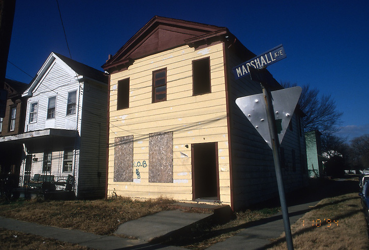 1994 January 10..Conservation.Central Brambleton..ACQUISITION.845 MARSHALL AVENUE...NEG#.NRHA#..