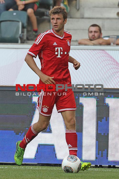 21.07.2013, Borussia Park, Moenchengladbach, GER, Telekom Cup 2013, Borussia M&ouml;nchengladbach vs FC Bayern M&uuml;nchen, im Bild<br /> Thomas M&uuml;ller / Mueller (Muenchen #25)<br /> <br /> Foto &copy; nph / Mueller