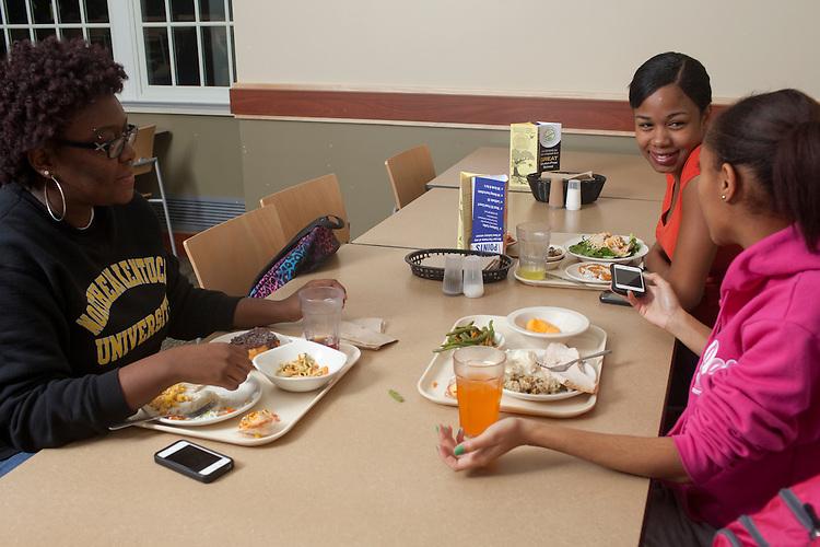 Taylor MIller, Ciana Barclay and Niara Morrow dine at Nelson Dining Hall on November 19, 2013.