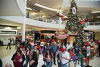 Santa's Arrival in Center Court at Shops at Montebello in Los Angeles on November, 17 2018 (Photo by Tony Ducret/Guest of a Guest)
