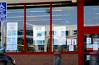 LOS ANGELES - APR 11:  Staples Storefront and signage at the Businesses reacting to COVID-19 at the Hospitality Lane on April 11, 2020 in San Bernardino, CA