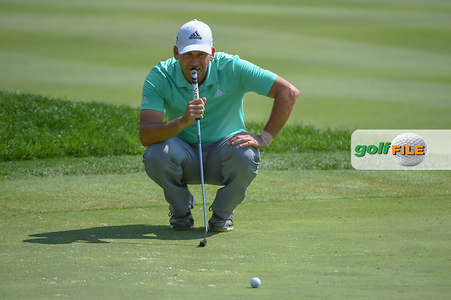Sergio Garcia (ESP) lines up his putt on 15 during 2nd round of the World Golf Championships - Bridgestone Invitational, at the Firestone Country Club, Akron, Ohio. 8/3/2018.<br /> Picture: Golffile   Ken Murray<br /> <br /> <br /> All photo usage must carry mandatory copyright credit (© Golffile   Ken Murray)