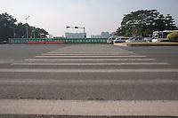 A Large Pedestrian Crosswalk in Dongguan, China.  © LAN