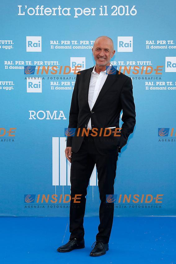 Domenico Iannacone<br /> Roma 05-07-2016 Salone delle Fontane. Presentazione dei palinsesti RAI per l'autunno 2016.<br /> Photo Samantha Zucchi Insidefoto