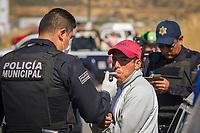 Querétaro, Qro. 26 de diciembre de 2017.- Aspectos del operativo de revisión implementado por la Secretaría de Seguridad Pública Municipal realizado en Santa Rosa Jáuregui este medio día.