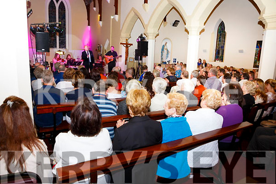 A full house at the Tommy Fleming concert in the Church of St. Michael the Archangel, Dungeagan, Ballinskelligs on Sunday evening.