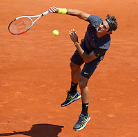 Roger Federer..Tennis - Grand Slam - French Open- Roland Garros - Paris - Mon May 28th 2012...© AMN Images, 30, Cleveland Street, London, W1T 4JD.Tel - +44 20 7907 6387.mfrey@advantagemedianet.com.www.amnimages.photoshelter.com.www.advantagemedianet.com.www.tennishead.net