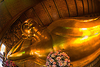 Reclining Buddha, Wat Pho (Wat Po), Temple of the Reclining Buddha, Bangkok, Thailand