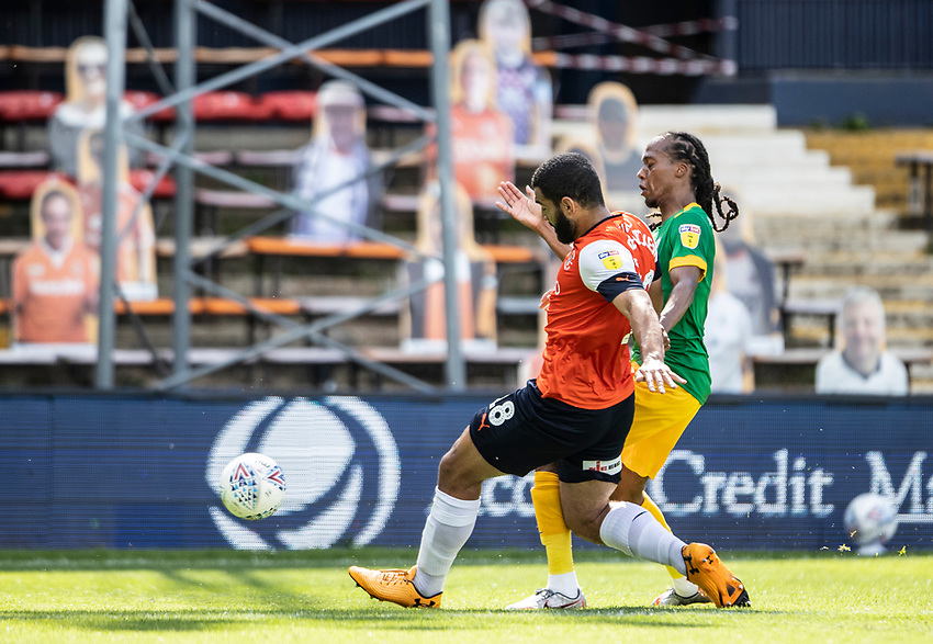 Preston North End's Daniel Johnson competing with Luton Town's Cameron Carter-Vickers (left) <br /> <br /> Photographer Andrew Kearns/CameraSport<br /> <br /> The EFL Sky Bet Championship - Luton Town v Preston North End - Saturday 20th June 2020 - Kenilworth Road - Luton<br /> <br /> World Copyright © 2020 CameraSport. All rights reserved. 43 Linden Ave. Countesthorpe. Leicester. England. LE8 5PG - Tel: +44 (0) 116 277 4147 - admin@camerasport.com - www.camerasport.com