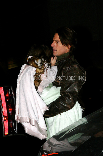 WWW.ACEPIXS.COM . . . . .  ....December 19 2010, New York City....Actor Tom Cruise and his daughter Suri in Manhattan on December 19 2010 in New York City....Please byline: NANCY RIVERA- ACEPIXS.COM.... *** ***..Ace Pictures, Inc:  ..Tel: 646 769 0430..e-mail: info@acepixs.com..web: http://www.acepixs.com