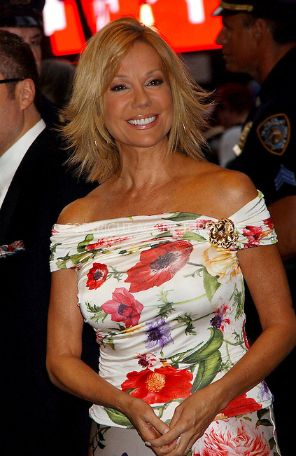 """WWW.ACEPIXS.COM . . . . . ....APRIL 25, 2006 - NEW YORK CITY....Kathie Lee Gifford attend  the opening night of the Anne Rice/Elton John musical """"Lestat"""" at the Palace Theatre in New York City.......Please byline: KRISTIN CALLAHAN - ACEPIXS.COM.. . . . . . ..Ace Pictures, Inc:  ..(212) 243-8787 or (646) 679 0430..e-mail: picturedesk@acepixs.com..web: http://www.acepixs.com"""