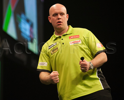 07.04.2016. The Sheffield Arena, Sheffield, England. Betway PDC Premier League Darts. Night 10.  Michael van Gerwen [NED] celebrates a finish during his game with Robert Thornton [SCO].