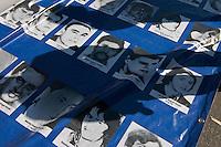 """BUENOS AIRES, ARGENTINA, 24 MARÇO 2013 - GOLPE MILITAR 1976 - ARGENTINA - Sob o slogan Nunca Más (espanhol para """"nunca mais"""") uma grande manifestação na Plaza de Mayo marcou o 37 º aniversário do último golpe que, em 24 de março de 1976, instalou um governo militar no país, que se transformou na mais sangrenta ditadura na história do país. Em Buenos Aires na capital da Argentina, neste domingo, 24. (FOTO: PATRICIO MURPHY / BRAZIL PHOTO PRESS)."""