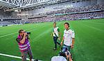 Stockholm 2014-07-20 Fotboll Superettan Hammarby IF - &Ouml;sters IF :  <br /> Hammarbys Linus Hallenius v&auml;lkomnas till Hammarby innan matchen mot &Ouml;ster<br /> (Foto: Kenta J&ouml;nsson) Nyckelord:  Superettan Tele2 Arena Hammarby HIF Bajen &Ouml;ster &Ouml;IF portr&auml;tt portrait glad gl&auml;dje lycka leende ler le