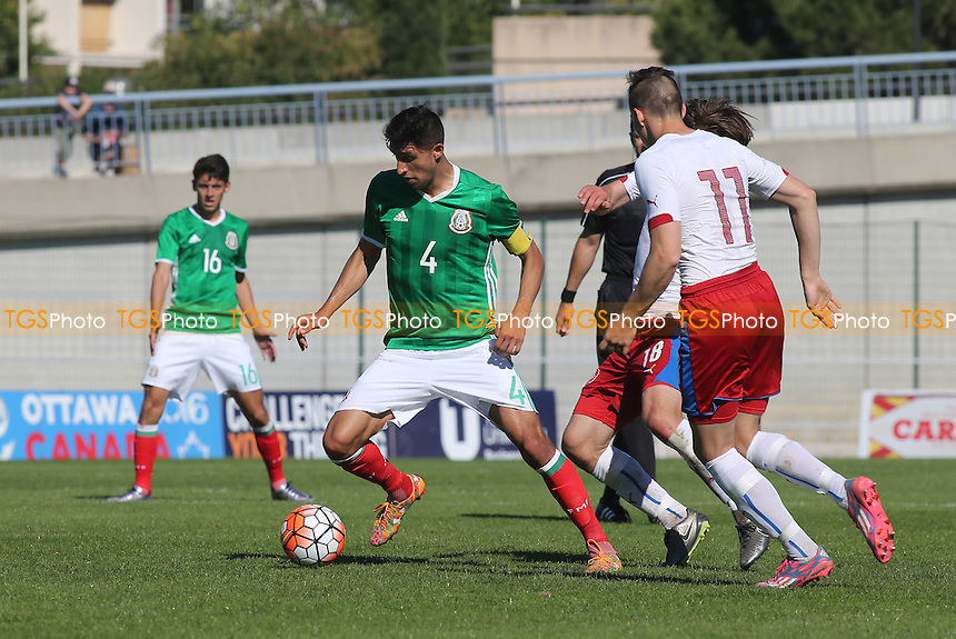 Jordan Silva Diaz of Mexico in possession during Mexico Under-20 vs Czech Republic Under-20, 2016 Toulon Tournament Football at Stade de Lattre on 20th May 2016