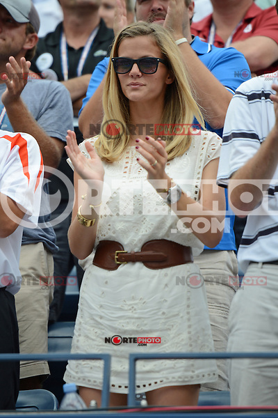 FLUSHING NY- SEPTEMBER 2: Brooklyn Decker watching her husband Andy Roddick celebrate after forth set victory Fabio Fognini on Arthur Ashe stadium at the USTA Billie Jean King National Tennis Center on September 2, 2012 in in Flushing Queens. Credit: mpi04/MediaPunch Inc. ***NO NY NEWSPAPERS*** /NortePhoto.com<br /> <br /> **CREDITO*OBLIGATORIO** <br /> *No*Venta*A*Terceros*<br /> *No*Sale*So*third*<br /> *** No*Se*Permite*Hacer*Archivo**<br /> *No*Sale*So*third*
