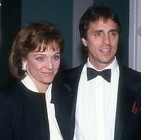 Valerie Harper & husband Tony Cacciotti<br /> 1989<br /> Photo By John Barrett/PHOTOlink