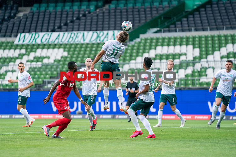 Niclas Füllkrug / Fuellkrug (Werder Bremen #11), Anthony (Toni) Modeste (FC Koeln #27), Theodor Gebre Selassie (Werder Bremen #23), Kevin Vogt (Werder Bremen  #03)<br /> <br /> <br /> Sport: nphgm001: Fussball: 1. Bundesliga: Saison 19/20: 34. Spieltag: SV Werder Bremen vs 1.FC Koeln  27.06.2020<br /> <br /> Foto: gumzmedia/nordphoto/POOL <br /> <br /> DFL regulations prohibit any use of photographs as image sequences and/or quasi-video.<br /> EDITORIAL USE ONLY<br /> National and international News-Agencies OUT.