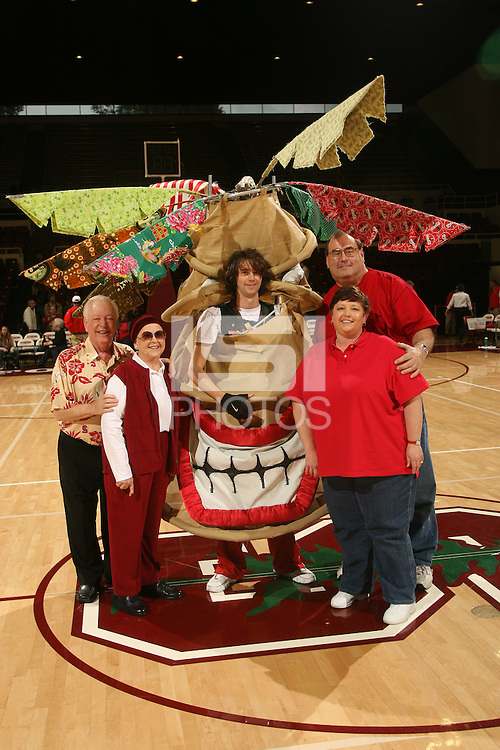25 February 2007: Denise Seehusen and family pose with the Stanford Tree during Stanford's 56-53 win over USC at Maples Pavilion in Stanford, CA.