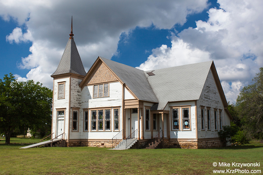 Old Landmark Missionary Baptist Church in Turnersville, TX