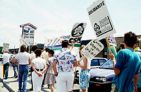 May 1988 File Photo - Locked out employees of Voyageur Transport.<br /> <br /> EmployÈes de Voyageur Transport en lock out.