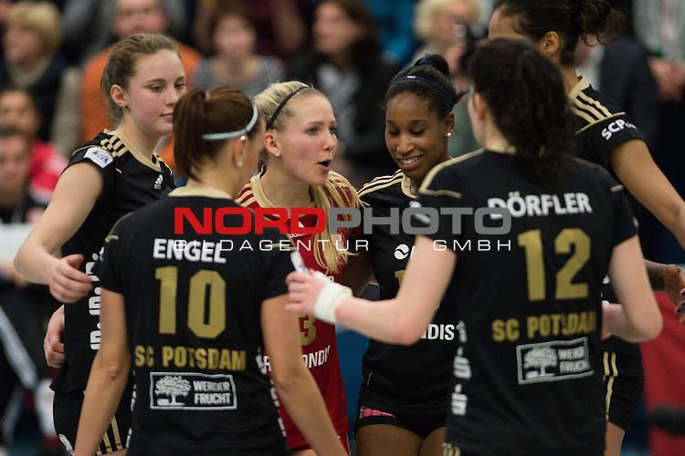 19.01.2014, Halle Berg Fidel, Muenster<br /> Volleyball, Bundesliga Frauen, USC M&uuml;nster / Muenster vs. SC Potsdam<br /> <br /> Lisa Gr&uuml;nding / Gruending (#9 Potsdam), Doreen Engel (#10 Potsdam), Lisa R&uuml;hl / Ruehl (#3 Potsdam), Jessica Rivero (#18 Potsdam), Josephine D&ouml;rfler / Doerfler (#12 Potsdam), Kathy Radzuweit (#2 Potsdam)<br /> <br />   Foto &copy; nordphoto / Kurth