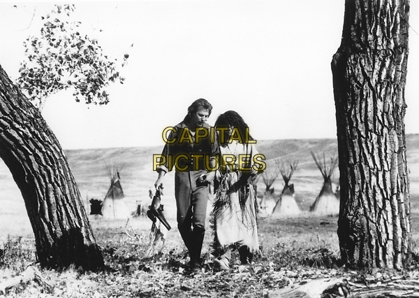 Dances with Wolves (1990) <br /> Behind the scenes photo of Kevin Costner &amp; Mary McDonnell<br /> *Filmstill - Editorial Use Only*<br /> CAP/KFS<br /> Image supplied by Capital Pictures