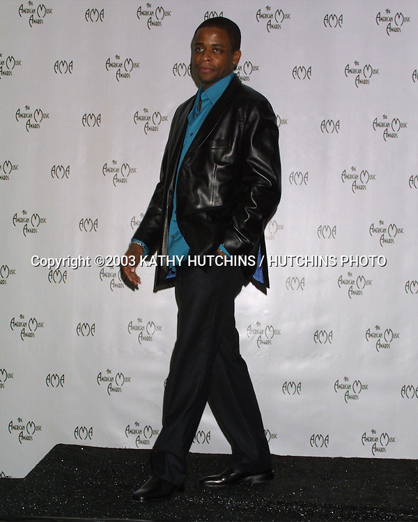 ©2003 KATHY HUTCHINS / HUTCHINS PHOTO.AMERICAN MUSIC AWARDS .LOS ANGELES, CA.NOVEMBER 16, 2003..DULE HILL