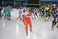 SCHAATSEN: HEERENVEEN: 01-01-2016, NK Marathonschaatsen Thialf 010117 ©MdJ.JPG SCHAATSEN: HEERENVEEN: 01-01-2017, NK Marathonschaatsen, Erben Wennemars op de schaats met camera tijdens de NK Marathon, ©foto Martin de Jong