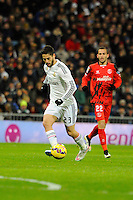 Real Madrid´s Isco and Sevilla's Aleix Vidal during 2014-15 La Liga match between Real Madrid and Sevilla at Santiago Bernabeu stadium in Alcorcon, Madrid, Spain. February 04, 2015. (ALTERPHOTOS/Luis Fernandez) /NORTEphoto.com