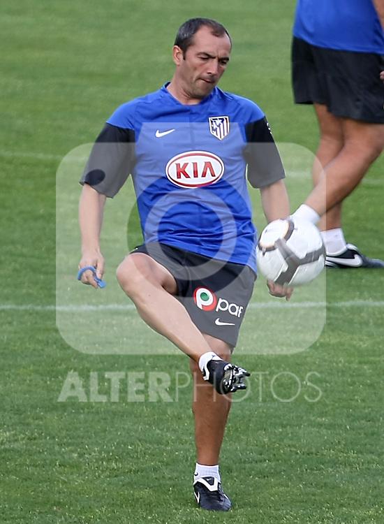 Atletico de Madrid's second coach Juan Sabas during training sesion. August 05 2009. (ALTERPHOTOS/Acero).