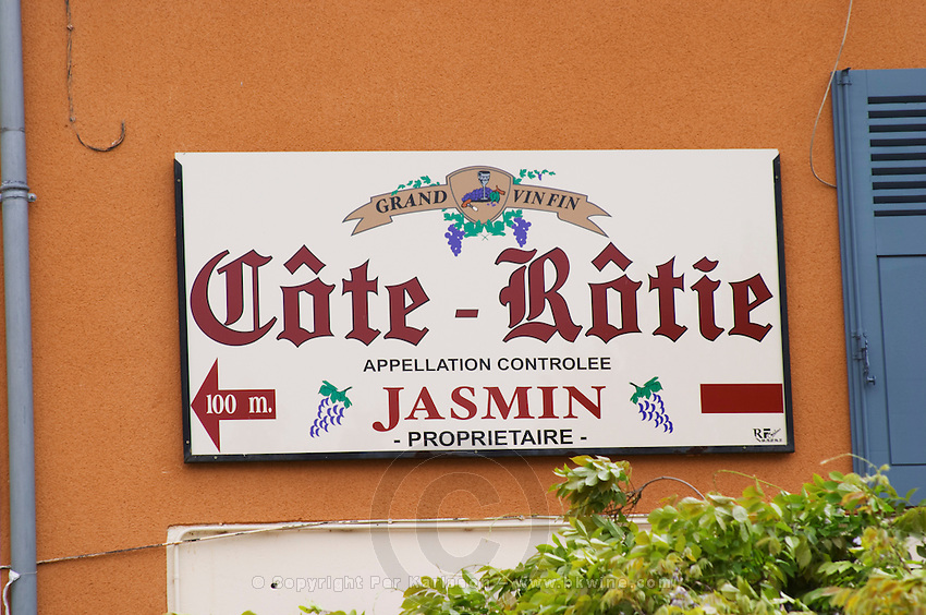 A sign in the village of Ampuis saying Jasmin Proprietaire Cote Rotie Grand Vin Fin.  Ampuis, Cote Rotie, Rhone, France, Europe