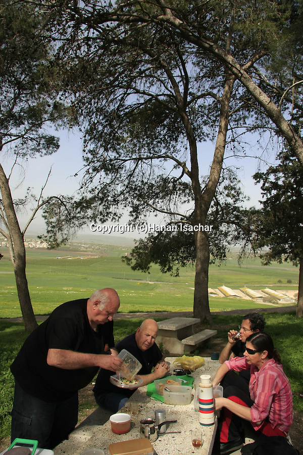 Israel, Jezreel Valley, a picnic at Tel Shimron