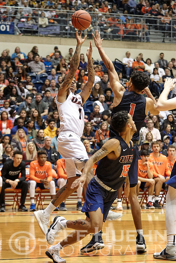 SAN ANTONIO, TX - JANUARY 20, 2018: The University of Texas at San Antonio Roadrunners defeat the University of Texas at El Paso Miners 65-61 at the UTSA Convocation Center. (Photo by Jeff Huehn)