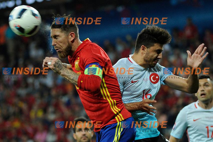 SERGIO RAMOS Spain Ozan Tufan Turkey <br /> Nice 17-06-2016 Stade de Nice Football Euro2016 Spain - Turkey / Spagna - Turchia Group Stage Group D. Foto Franck Pennant / Panoramic / Insidefoto