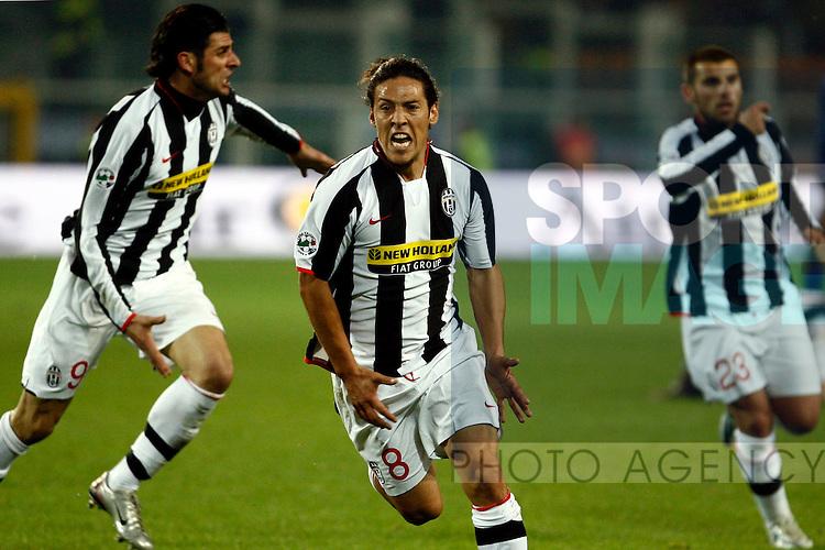 Mauro Camoranesi of Juventus celebrates his goal