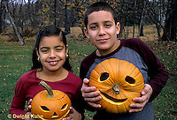 HS24-210z  Pumpkin - children with jack-o-lanterns