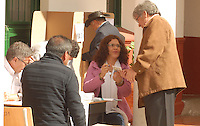 TUNJA -COLOMBIA. 09-03-2014. Aspecto de las elecciones parlamentarias en Tunja, Colombia, hoy 9 de marzo de 2014.  los colombianos elegirán por voto directo en las urnas 102 nuevos miembros del Senado de la República, 166 representantes a la Cámara de Representantes y 5 representantes al Parlamento Andino./ Aspect of the parliamentary elections in Tunja, Colombia, today March 9, 2014. Colombians will elect by direct vote at the polls 102 new members of the Senate, 166 representatives to the House of Representatives and five representatives to the Andean Parliament. Photo: VizzorImage/ Jose Miguel Palencia / Str