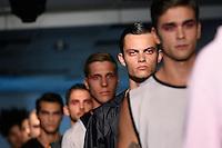 LISBOA, PORTUGAL, 09.10.2016 - MODA-LISBOA - Modelo durante desfile da grife Patrick de Pádua na Moda Lisboa Fashion Week Together, no Pátio da Galé, em Lisboa, Portugal, nesse domingo 9. (Foto: Bruno de Carvalho/Brazil Photo Press)