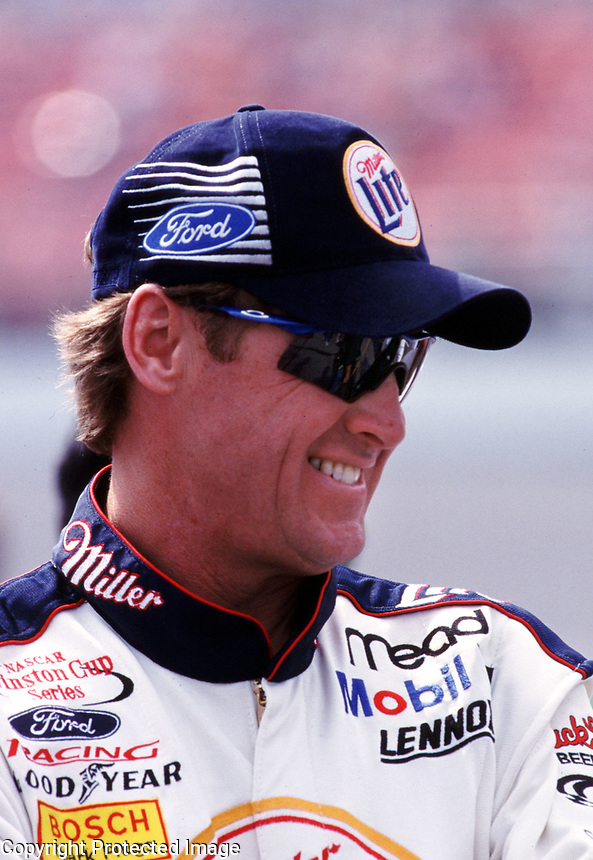 Rusty Wallace, Daytona, February 2000. (Photo by Brian Cleary)