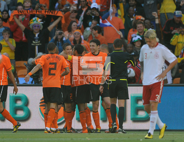 Rafel van der Vaart of the Netherlands celebrates the 2nd goal