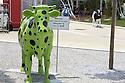 Colored cows invite the visitor to make selfi with them, Expo 2015, Rho-Pero, Milan, in June 2015. &copy; Carlo Cerchioli<br /> <br /> Mucche colorate invitano il visitatore a fare dei selfi con loro, Expo 2015, Rho-Pero, Milano, giugno 2015.