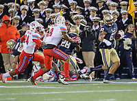 Annapolis, MD - November 11, 2017: Navy Midshipmen wide receiver Brandon Colon (87) runs the ball during the game between SMU and Navy at  Navy-Marine Corps Memorial Stadium in Annapolis, MD.   (Photo by Elliott Brown/Media Images International)